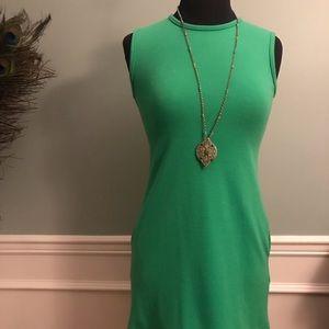 Adorable Kelly green dress